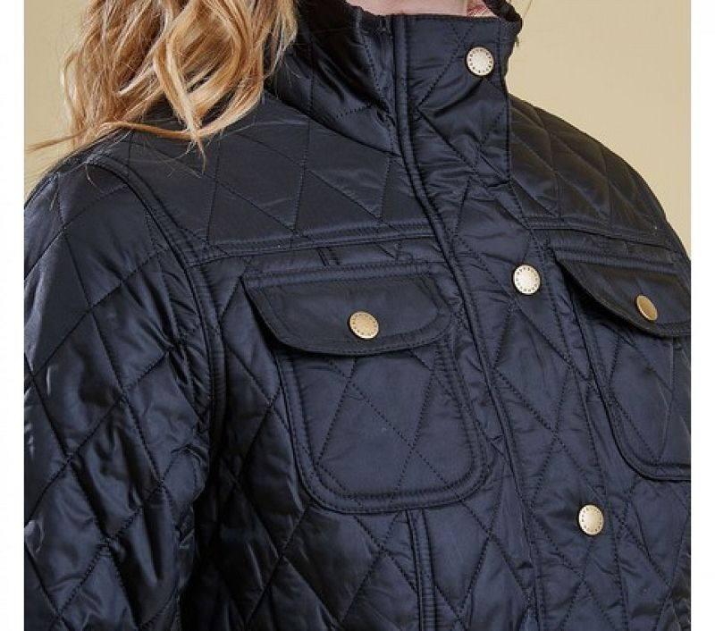 Barbour Women Ruskin Quilted Jacket Black/Acanthus